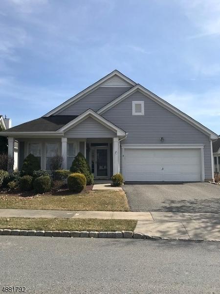 Частный односемейный дом для того Продажа на 8 KENSINGTON Circle White Township, Нью-Джерси 07823 Соединенные Штаты