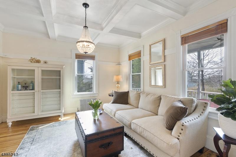 Casa Unifamiliar por un Venta en 7 TAYLOR Street High Bridge, Nueva Jersey 08829 Estados Unidos