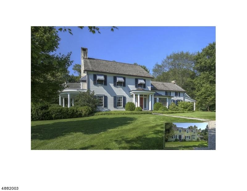 Maison unifamiliale pour l Vente à 43 JOLIET Street Tewksbury Township, New Jersey 08858 États-Unis