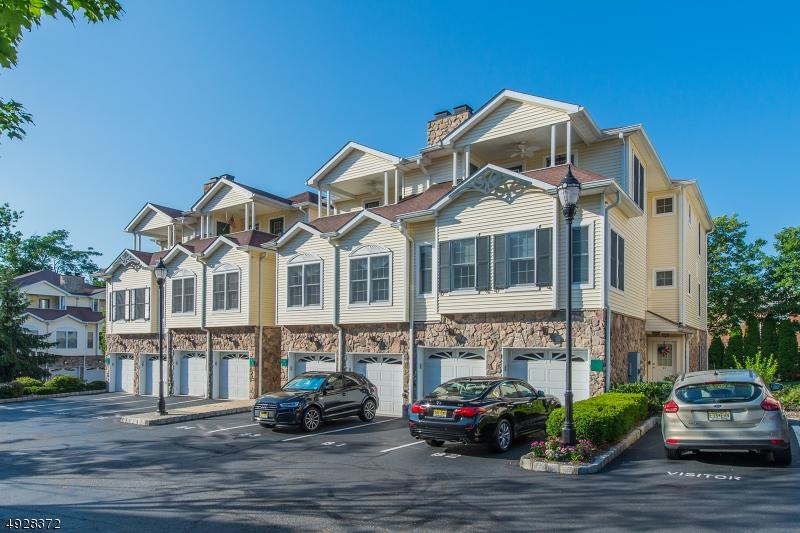 Eigentumswohnung / Stadthaus für Verkauf beim Caldwell, New Jersey 07006 Vereinigte Staaten