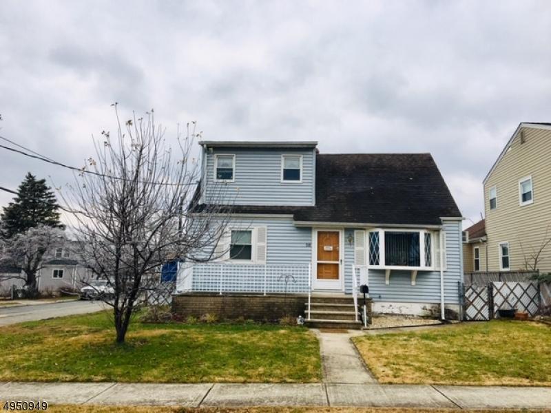 Single Family Homes للـ Sale في 58 Avenue F Lodi, New Jersey 07644 United States