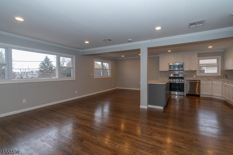 Single Family Homes のために 賃貸 アット Union, ニュージャージー 07083 アメリカ