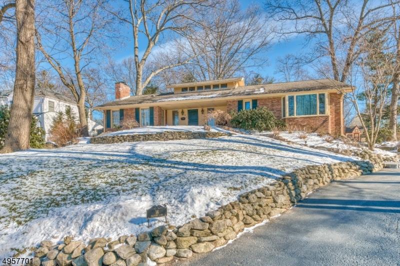 Single Family Homes για την Πώληση στο Ramsey, Νιου Τζερσεϋ 07446 Ηνωμένες Πολιτείες