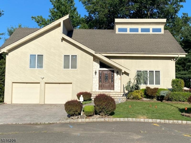 Single Family Homes için Satış at Union, New Jersey 07083 Amerika Birleşik Devletleri