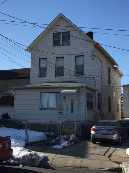 多户住宅 为 销售 在 328 1st Avenue Elizabeth, 新泽西州 07206 美国