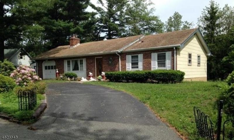 Casa Unifamiliar por un Venta en 48 Landing Road Hewitt, Nueva Jersey 07421 Estados Unidos