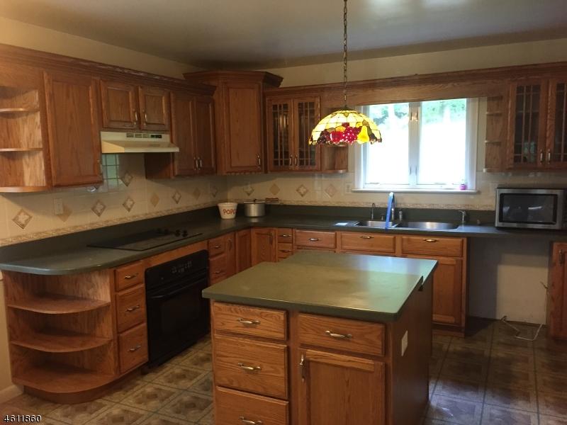 Additional photo for property listing at 50 Hillside Ter  安德沃, 新泽西州 07821 美国