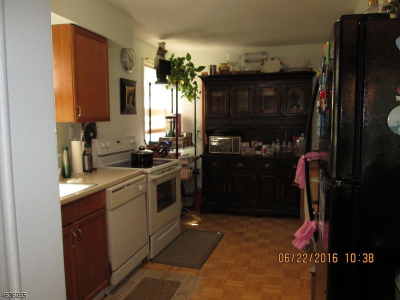 Additional photo for property listing at 58 W Passaic Avenue  Bloomfield, Нью-Джерси 07003 Соединенные Штаты