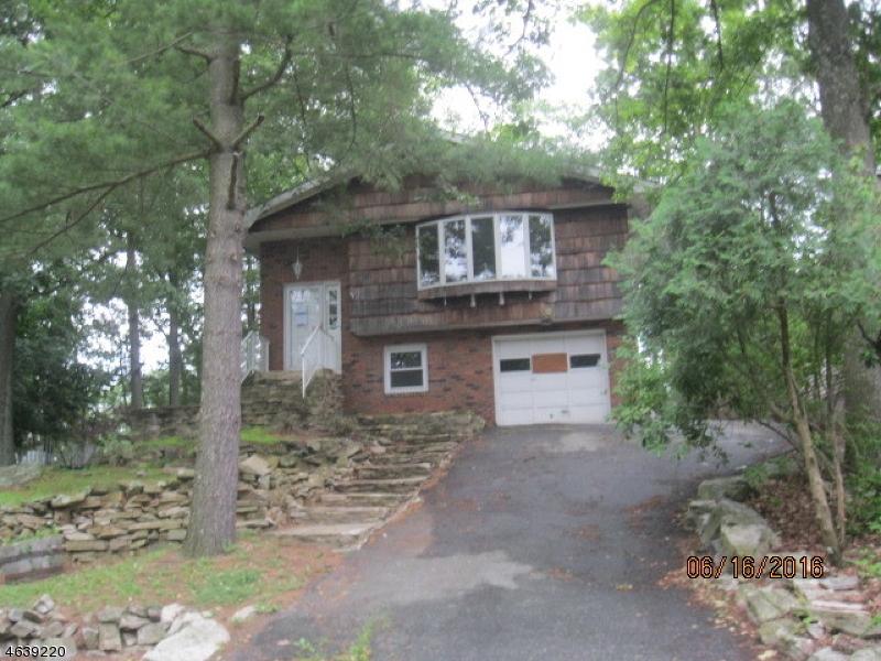 独户住宅 为 销售 在 26 Bonaparte Point Drive Hopatcong, 新泽西州 07843 美国