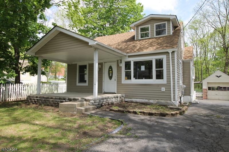 独户住宅 为 销售 在 14 W Nelson Street 牛顿, 新泽西州 07860 美国