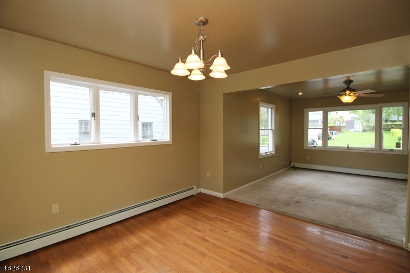 Additional photo for property listing at 14 W Nelson Street  Newton, New Jersey 07860 États-Unis