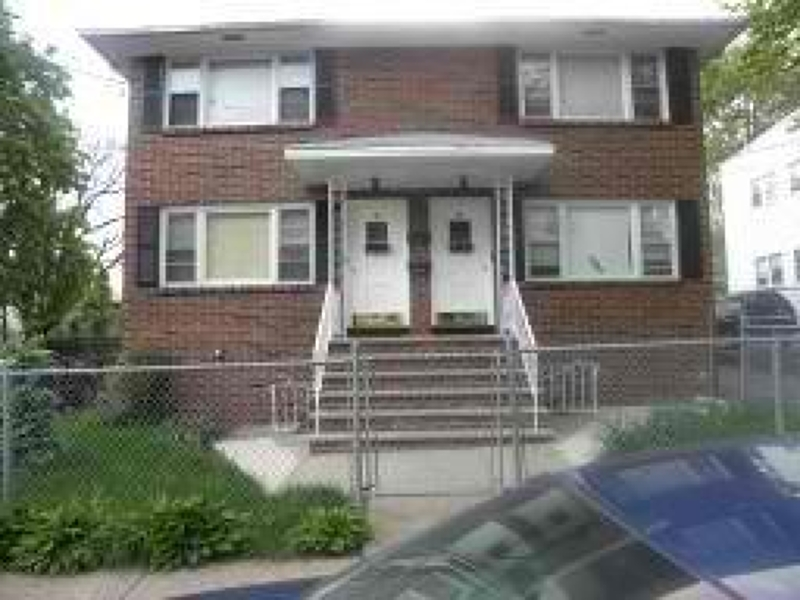 Additional photo for property listing at 46-48 TICHENOR TER  Irvington, New Jersey 07111 États-Unis