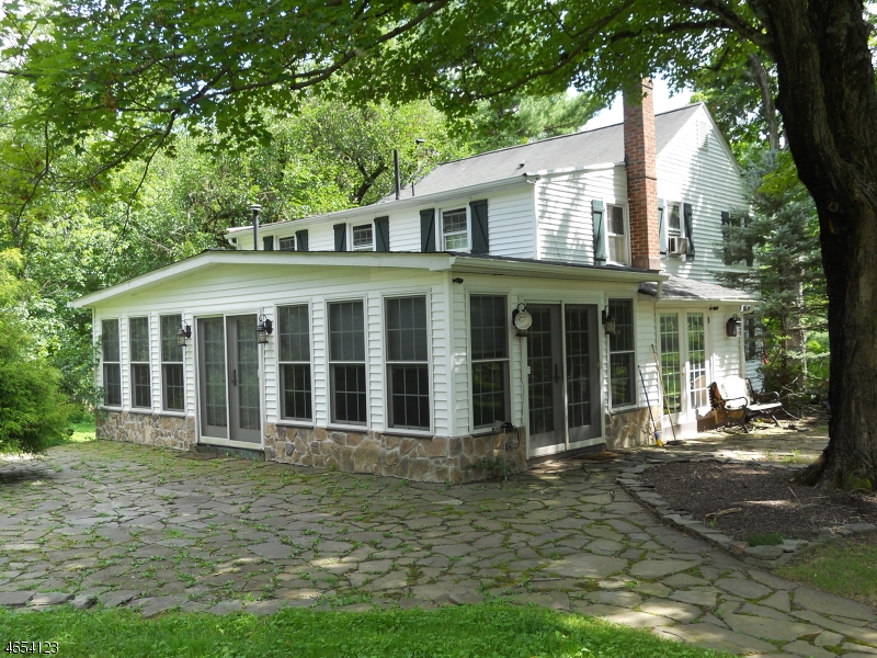 Additional photo for property listing at 31 CENTERVILLE Road  Whitehouse Station, Nueva Jersey 08889 Estados Unidos