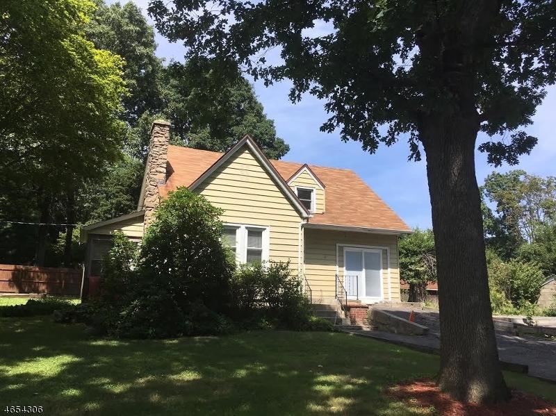 Maison unifamiliale pour l Vente à 12 Tamarack Road Budd Lake, New Jersey 07828 États-Unis