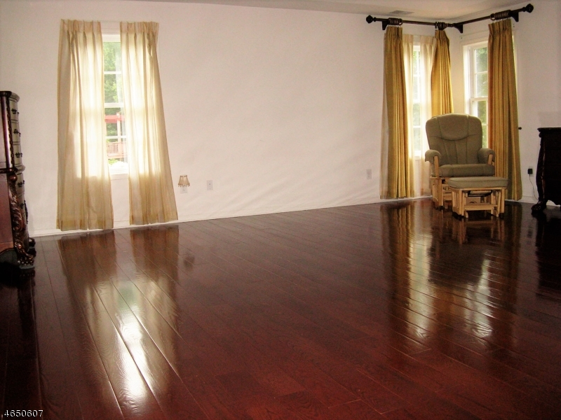 Additional photo for property listing at 39 Shadow Hill Way  Long Valley, New Jersey 07853 United States