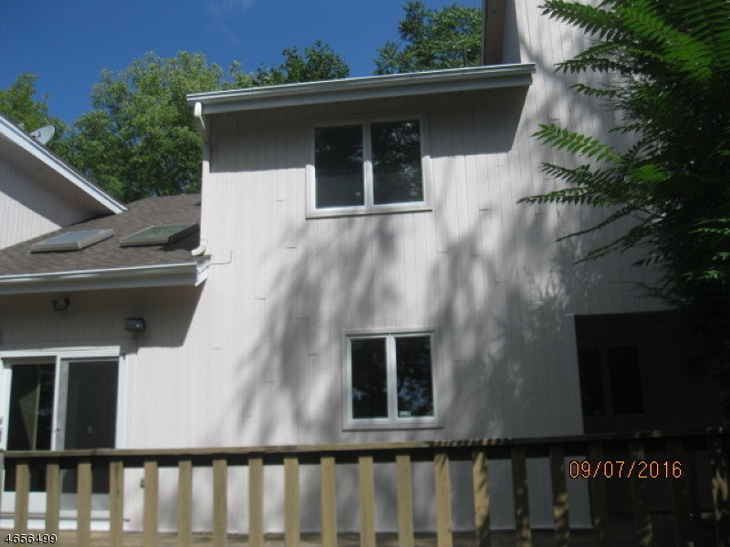 Additional photo for property listing at 55 Old Creamery Road  Newton, Нью-Джерси 07860 Соединенные Штаты