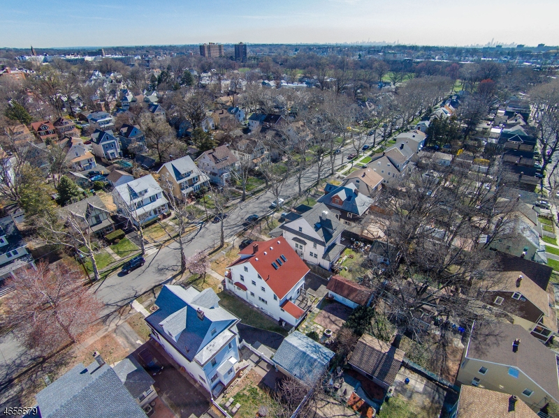 Additional photo for property listing at 78 Evergreen Avenue  Bloomfield, New Jersey 07003 United States