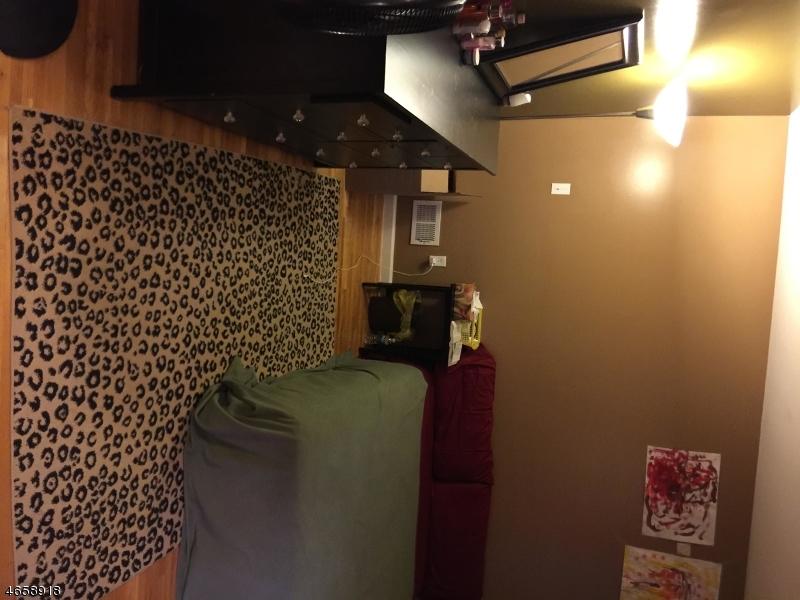 Additional photo for property listing at 18 Triton Ter  Newark, Nueva Jersey 07104 Estados Unidos