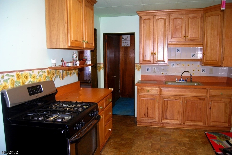 Additional photo for property listing at Address Not Available  Clifton, Нью-Джерси 07011 Соединенные Штаты