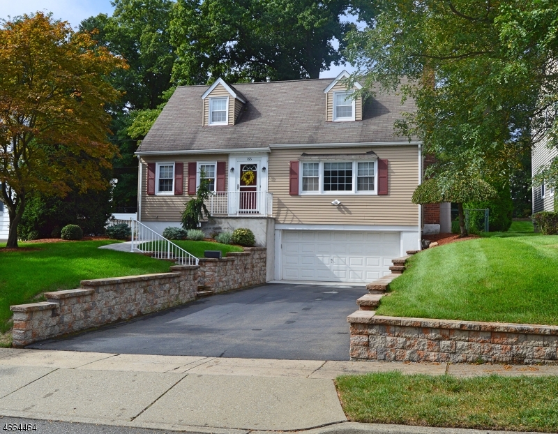 Частный односемейный дом для того Продажа на Address Not Available Glen Rock, 07452 Соединенные Штаты