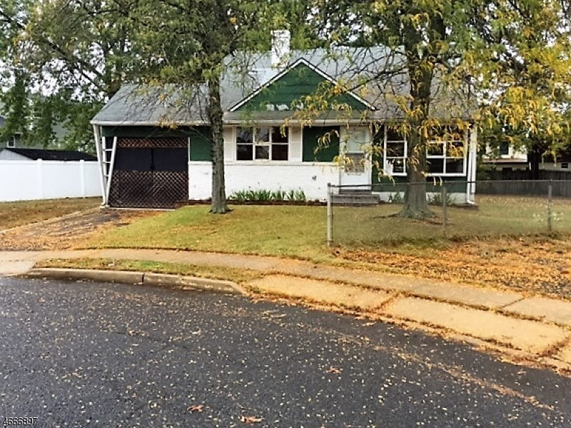 Single Family Home for Sale at 10 Chomic Place Keyport, 07735 United States