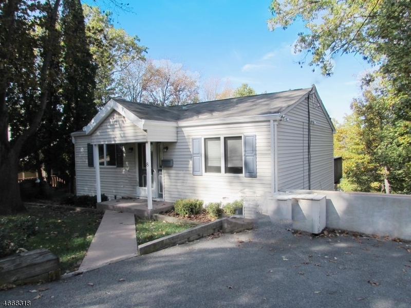 Частный односемейный дом для того Аренда на 8 Fern Road Sparta, Нью-Джерси 07871 Соединенные Штаты