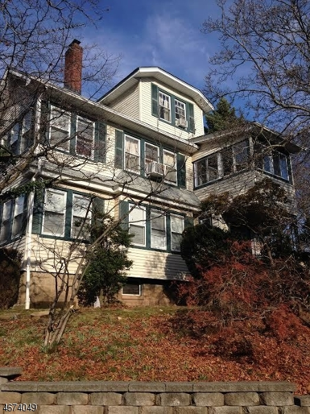 Частный односемейный дом для того Аренда на 5 Boyden Pkwy S Maplewood, Нью-Джерси 07040 Соединенные Штаты