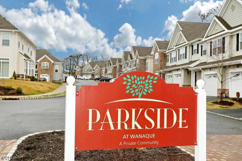 Maison unifamiliale pour l à louer à 9 Dogwood Lane Wanaque, New Jersey 07420 États-Unis