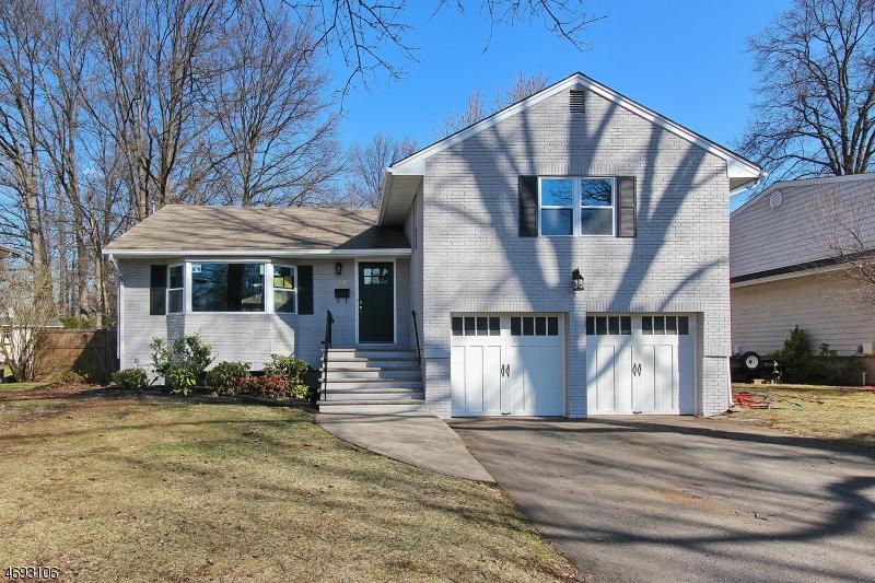 Частный односемейный дом для того Продажа на 46 Blake Avenue Cranford, 07016 Соединенные Штаты