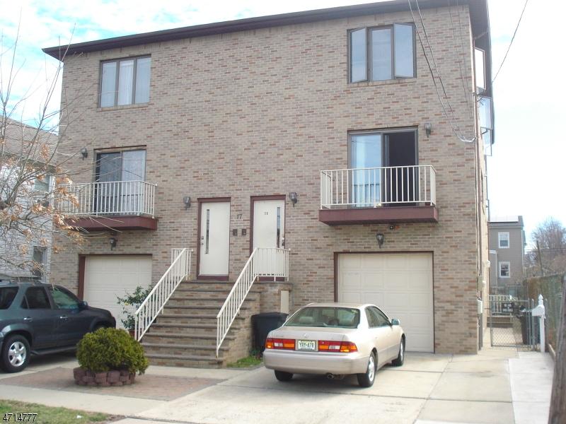 Частный односемейный дом для того Аренда на 17 N 21st Street Kenilworth, Нью-Джерси 07033 Соединенные Штаты
