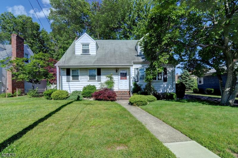 独户住宅 为 销售 在 21 George Street Carteret, 新泽西州 07008 美国