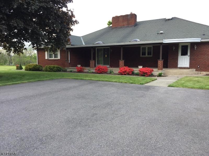 独户住宅 为 销售 在 23 Sinclair Avenue Phillipsburg, 08865 美国