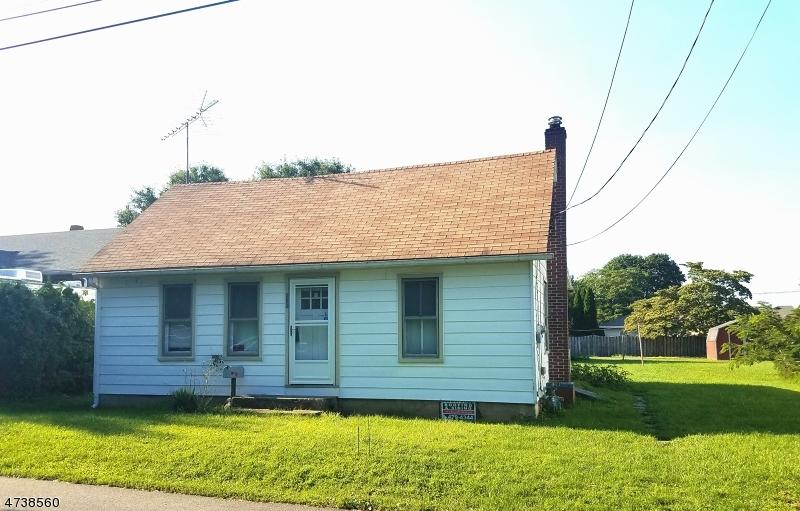 Частный односемейный дом для того Продажа на 767 DEWEY Avenue Alpha, Нью-Джерси 08865 Соединенные Штаты