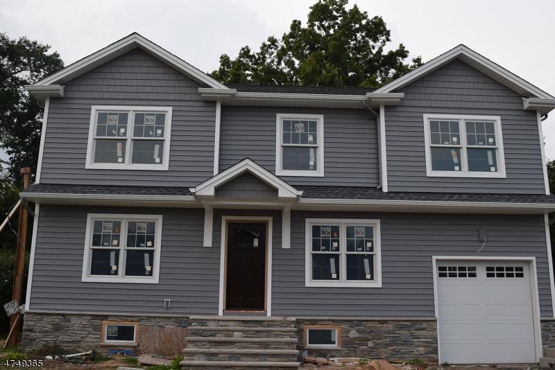 Casa Unifamiliar por un Venta en 35 Spindler Ter Saddle Brook, Nueva Jersey 07663 Estados Unidos