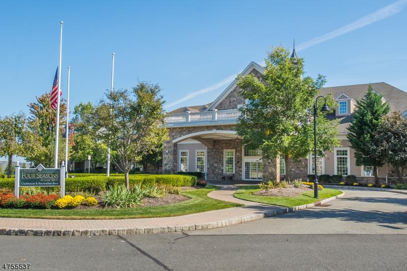 Частный односемейный дом для того Продажа на 3 Slate Ct, C2 Woodland Park, Нью-Джерси 07424 Соединенные Штаты