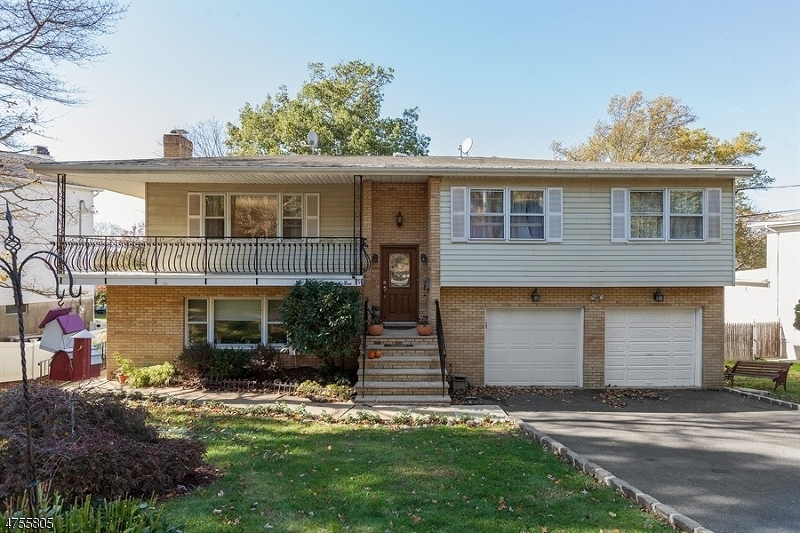 Maison unifamiliale pour l Vente à 9 Cambridge Road Verona, New Jersey 07044 États-Unis