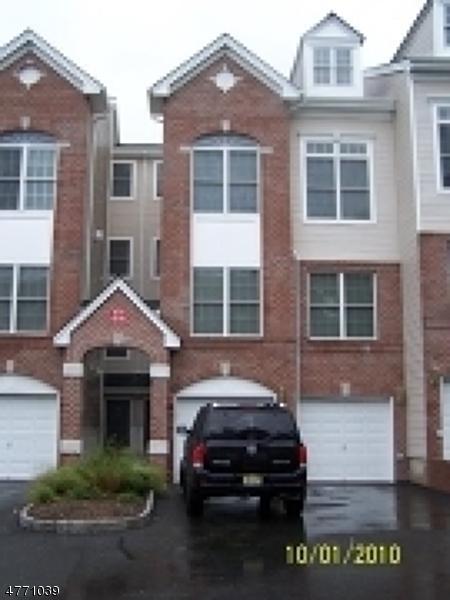 Maison unifamiliale pour l à louer à 15 Nelke Court Hawthorne, New Jersey 07506 États-Unis