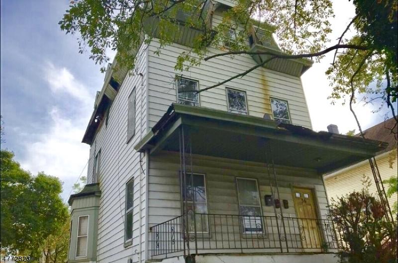 多户住宅 为 销售 在 34 Bruen Avenue Irvington, 新泽西州 07111 美国