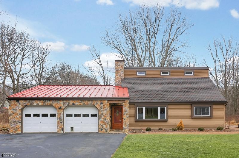 獨棟家庭住宅 為 出售 在 291 County Rd 579 291 County Rd 579 Bloomsbury, 新澤西州 08804 美國