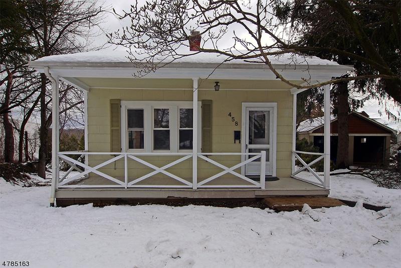 Частный односемейный дом для того Аренда на 458 Springfield Avenue Berkeley Heights, Нью-Джерси 07922 Соединенные Штаты