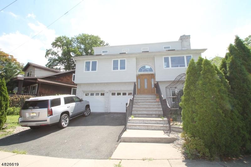 Maison unifamiliale pour l à louer à 2237 BERWYN Street Union, New Jersey 07083 États-Unis