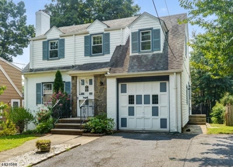 Maison unifamiliale pour l à louer à 24 Edgewood Ter Millburn, New Jersey 07041 États-Unis