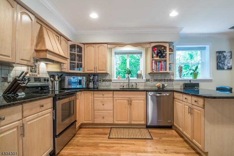 Μονοκατοικία για την Πώληση στο 65 Main Street Mount Olive, Νιου Τζερσεϋ 07836 Ηνωμενεσ Πολιτειεσ
