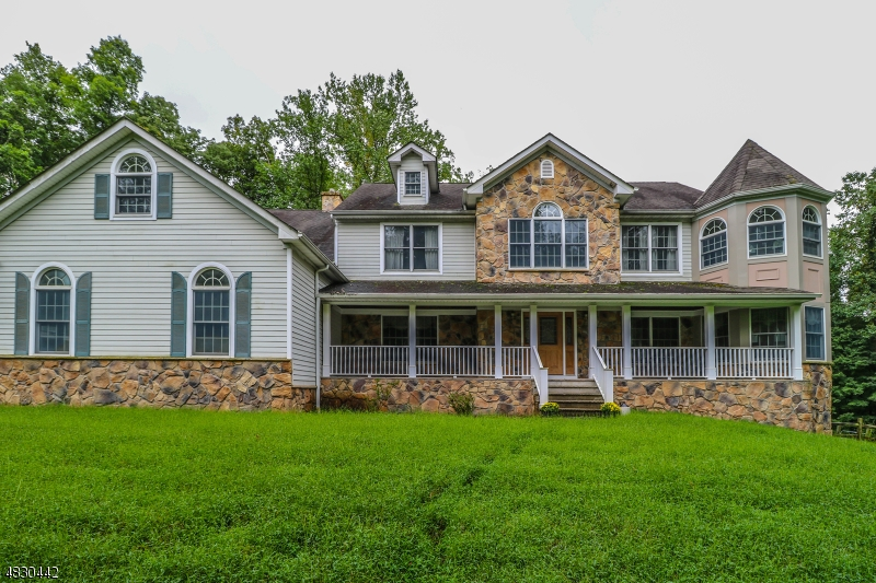 Single Family Home for Sale at 27 PINE HILL RD 27 PINE HILL RD Delaware Township, New Jersey 08559 United States