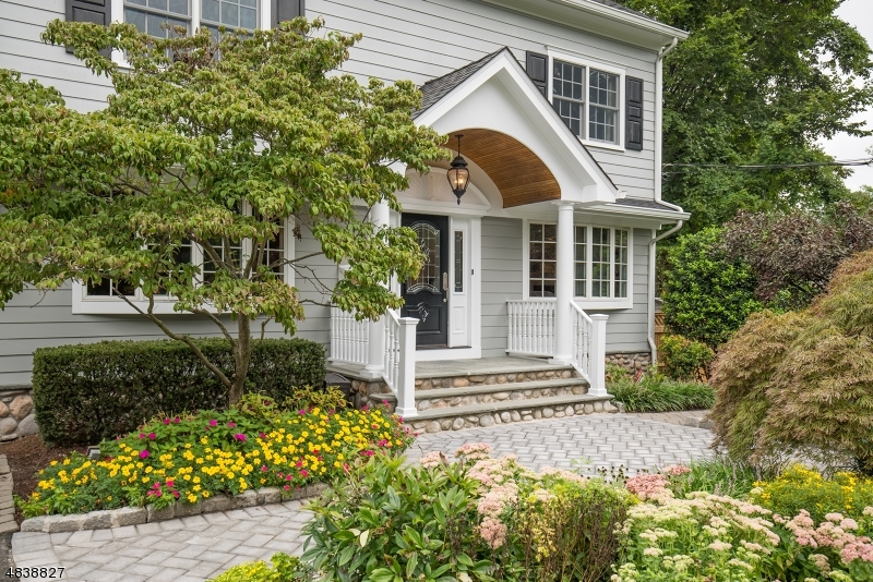Single Family Home for Sale at 175 Orchard Place Ridgewood, New Jersey 07450 United States