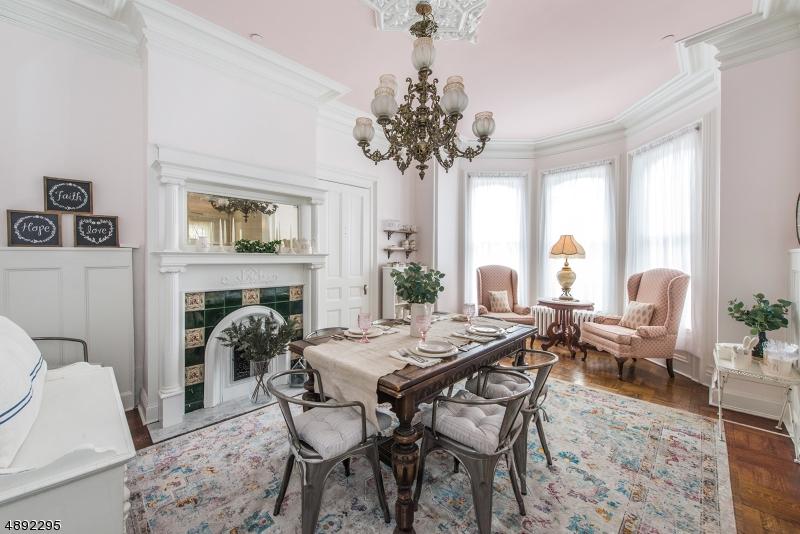 Single Family Homes للـ Sale في Hackettstown, New Jersey 07840 United States