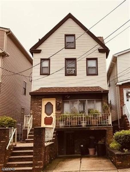 Multi-Family Homes 為 出售 在 Bayonne, 新澤西州 07002 美國