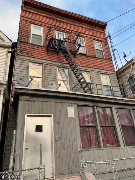 Multi-Family Homes für Verkauf beim Passaic, New Jersey 07055 Vereinigte Staaten