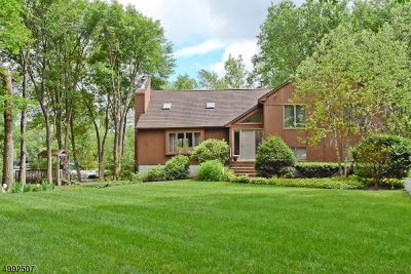 Single Family Homes 为 销售 在 Jefferson Township, 新泽西州 07849 美国