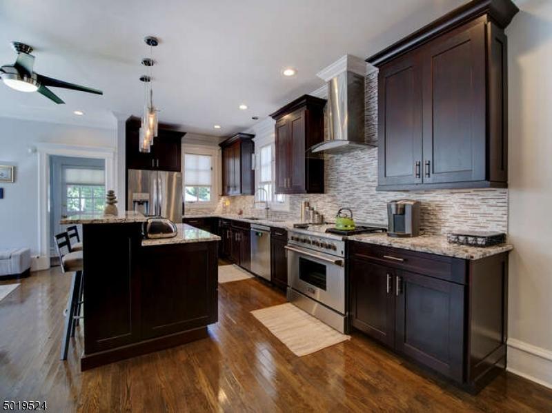 Single Family Homes voor Verkoop op South Orange, New Jersey 07079 Verenigde Staten